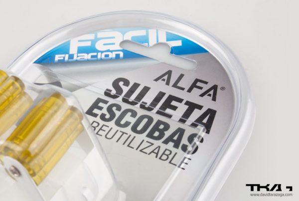 Packaging perchas alfa